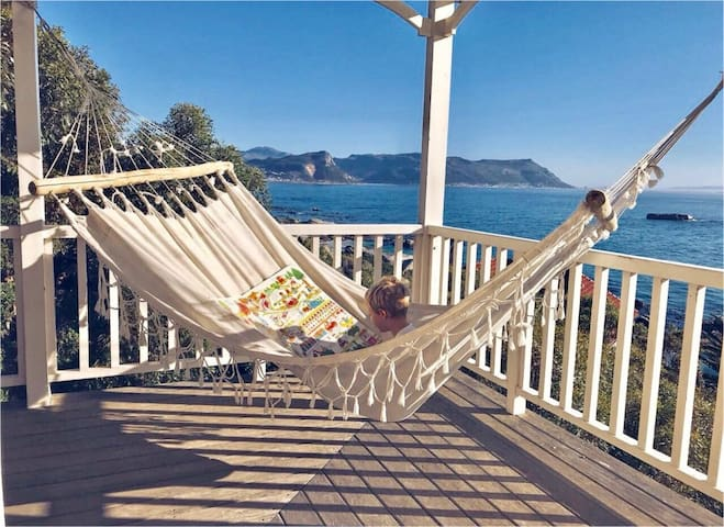 Enjoy lazy afternoons with beautiful sea-and-mountain views
