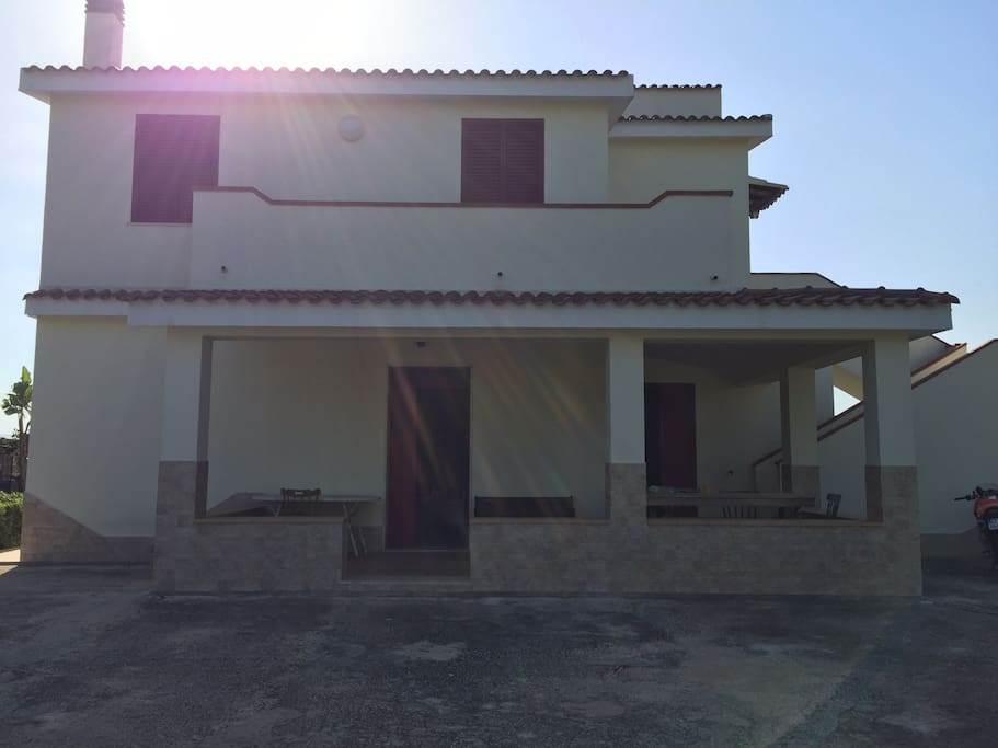 Villa frontale