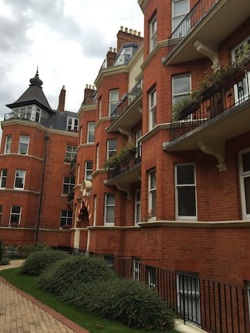 Beautiful flat - 1 minutes from Maida Vale station - London - Apartment