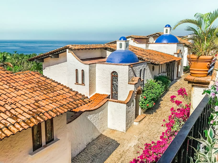 Villa Mariposas from above