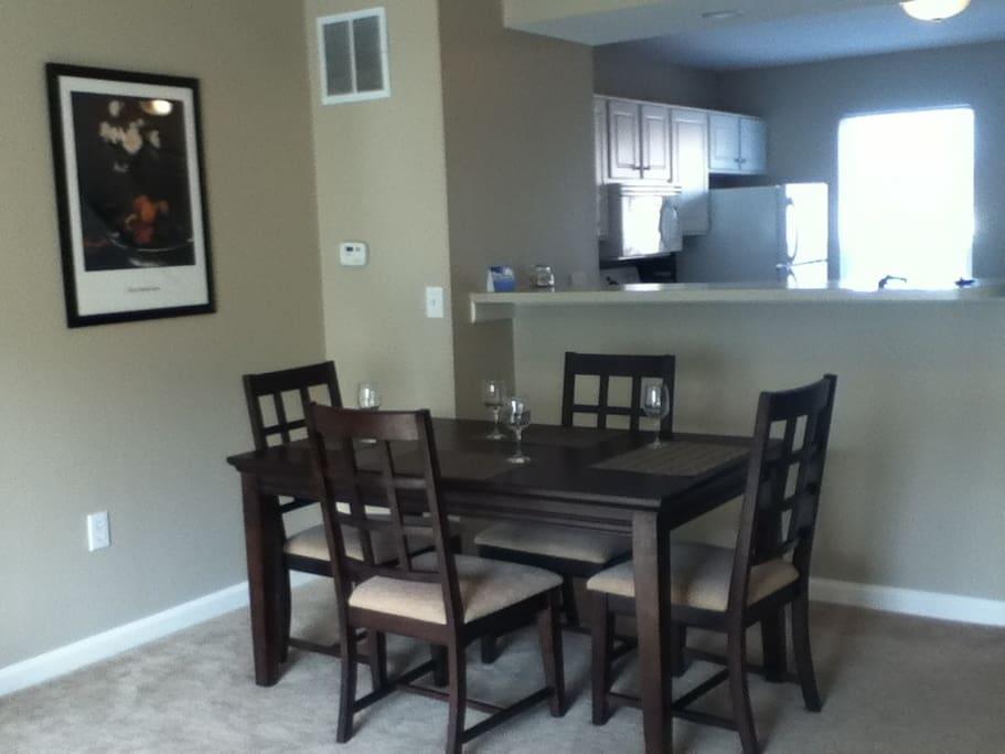 nice community onsite bar grill appartements louer dublin ohio tats unis. Black Bedroom Furniture Sets. Home Design Ideas