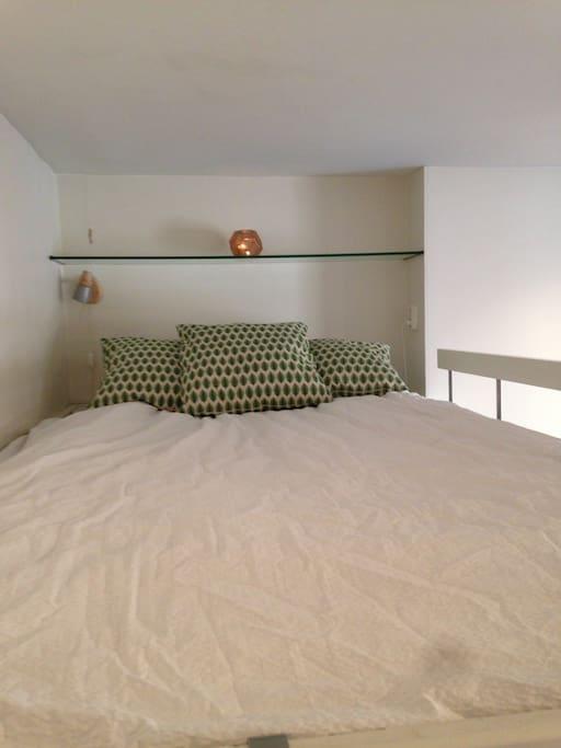 Mysigt sovloft med 1,20 säng