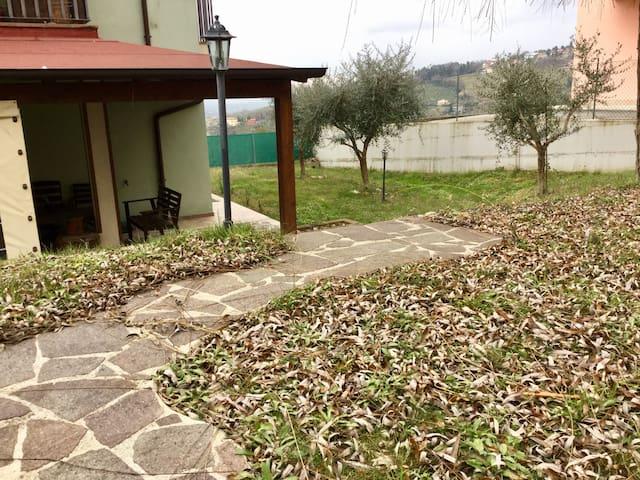Accogliente e ideale per bambini - Sant'Ansovino - Dům