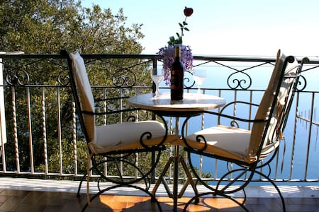 """Il Nido"" - Your SuiteView in Amalfi!"