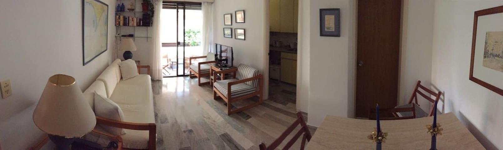 Bonito apartamento frente al mar en Punta del Este