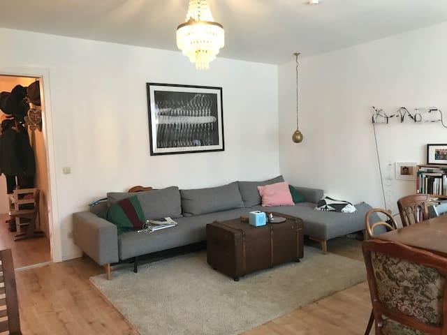 Schöne möblierte 3-Zimmer-Wohnung frei: 15.1.-31.5
