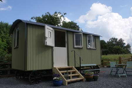 Shepherds Hut in Riverside Meadow - Kempsey - Skur