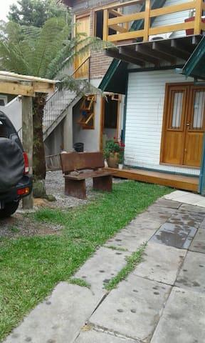 Apartamento térreo ,Canela próximo a Gramado RS.