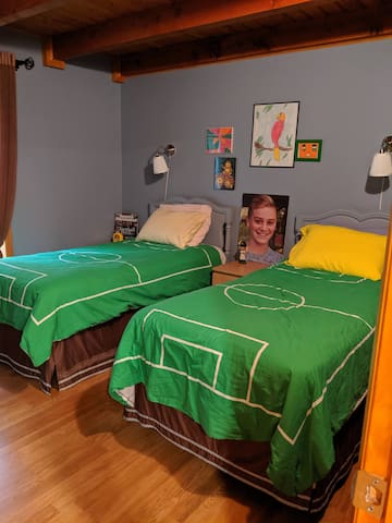First floor bedroom with two twin beds