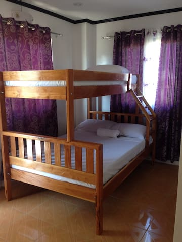 PETROS HOMESTAY ROOM 2 - Coron - House