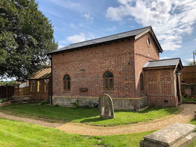Beautiful converted Chapel nr Goodwood & Arundel