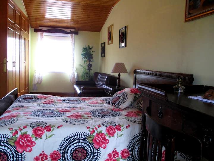 Casa en una aldea a 20 minutos de Ourense.