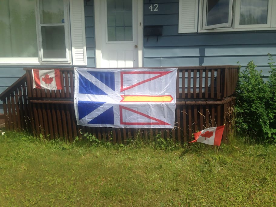 NL flag. Front of house