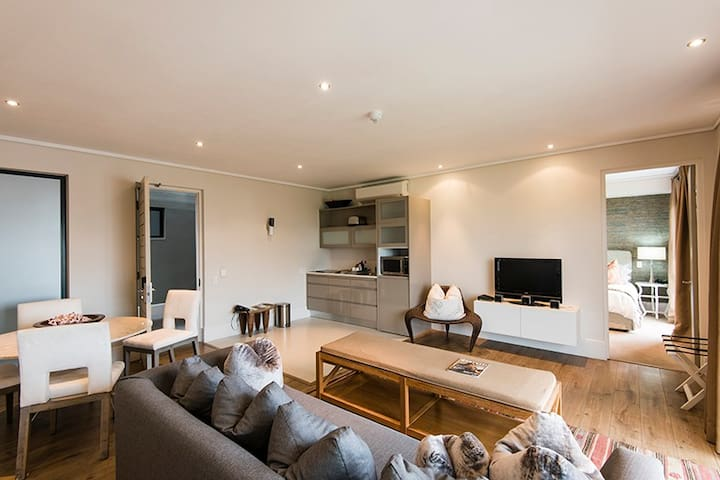 The Gallery Luxury Apartments 107