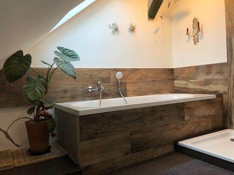 Badeværelsesloft i træ med sauna+fitness+café