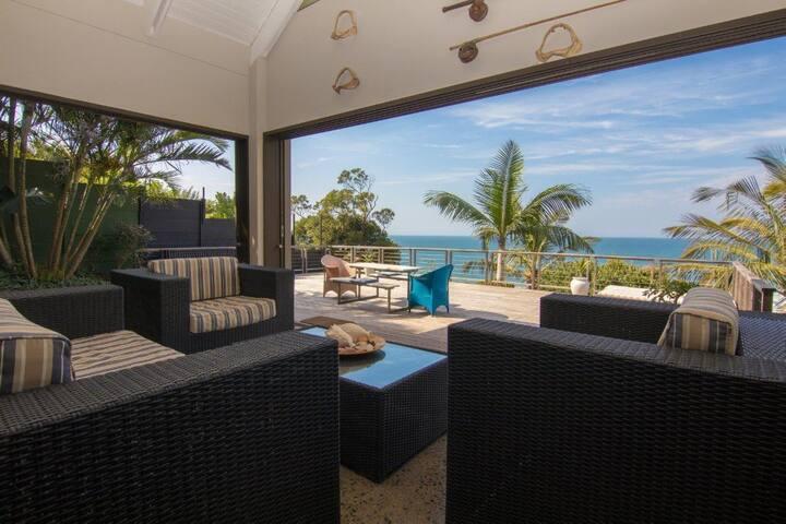 Gorgeous Beach House @92