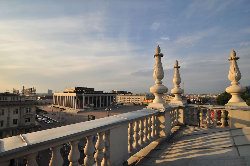 Roof view Вид с крыши
