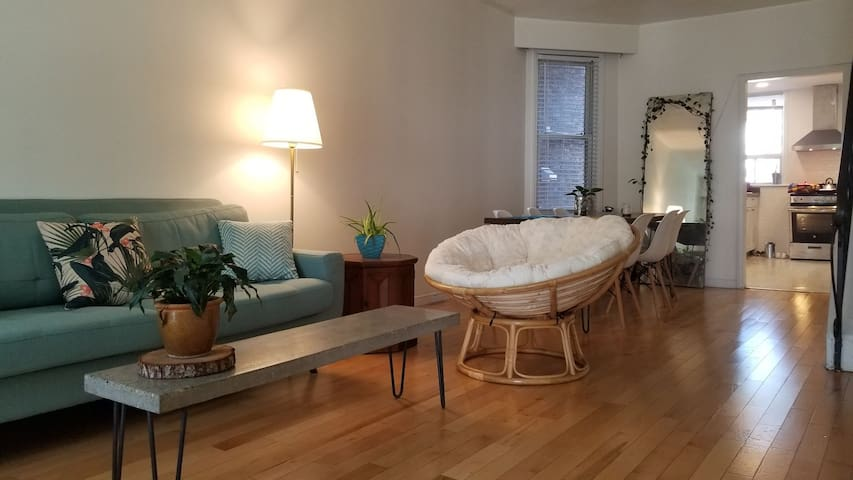 Cozy stay near High Park