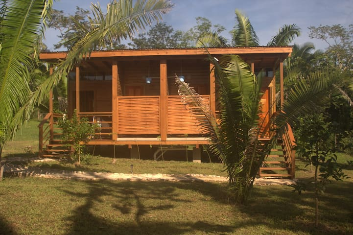 Bungalow for 4 people with twin and queen room.