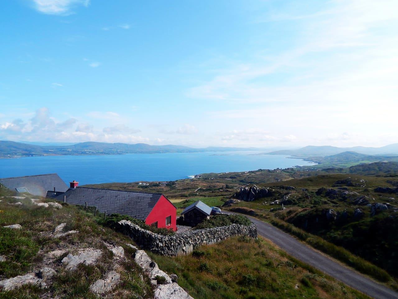 Lage von Magic Views mit Blick auf Land und Mee