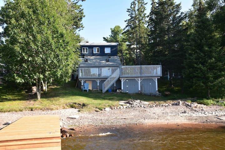 Waterfront home on Lake Nipissing