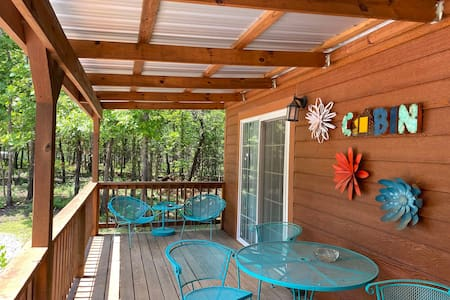 OK40 Ranch Cabin in the woods - North