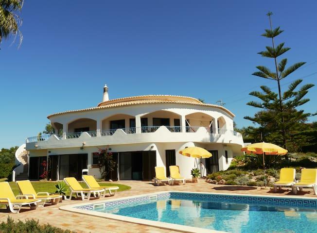 Villa Tiphanelli @ Praia da Marinha - Praia da Marinha - Huis