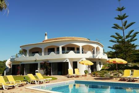 Villa Tiphanelli @ Praia da Marinha - Praia da Marinha - Haus