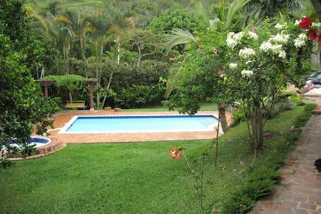 La casa bonita - La Vega - Casa