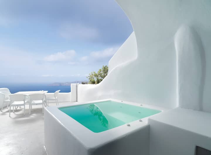 Tholos Villa w/ Indoor Pool and Outdoor Hot Tub