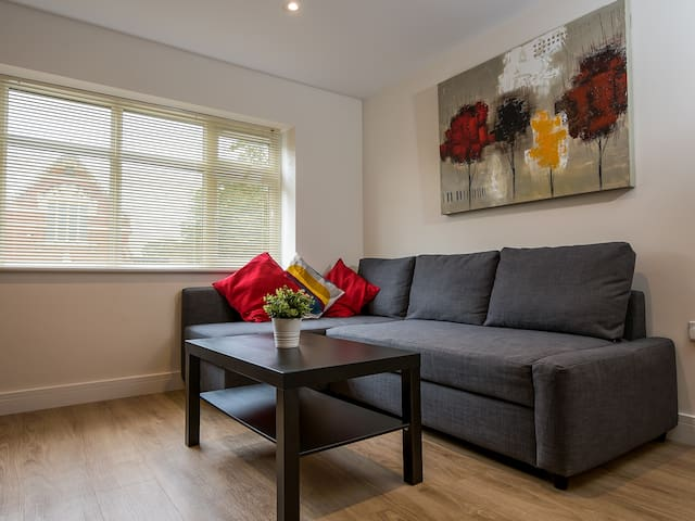Stylish 1-bed flat, Netflix, near city centre