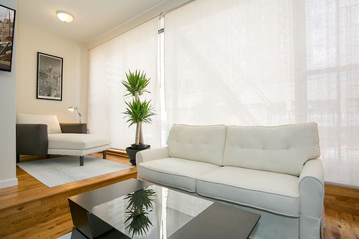 Huge 4 br, center of the city. Beautiful & modern - Apartments for ...