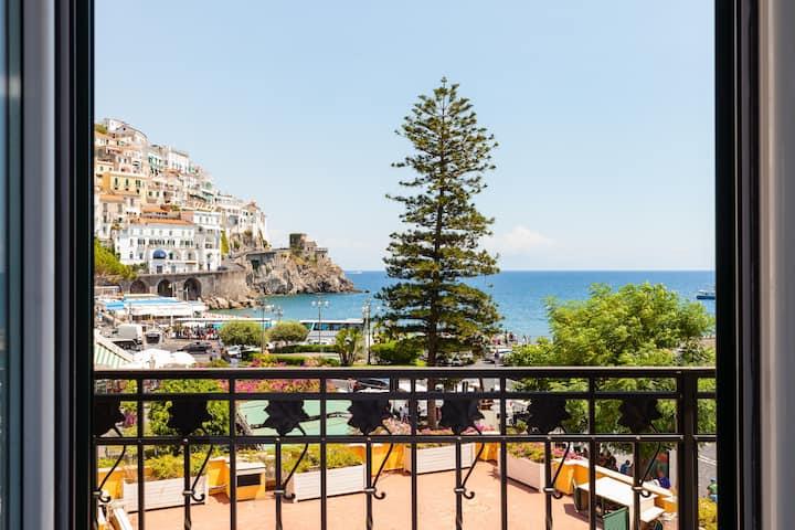 Amazing apartment in the Center of Amalfi