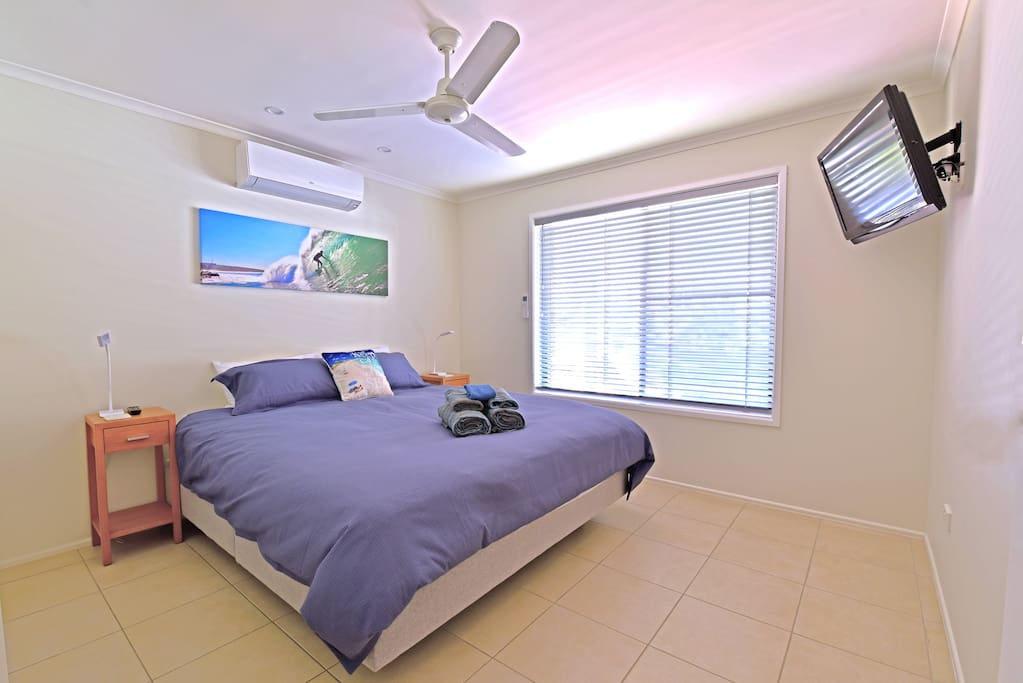 King Bed Master bedroom with ensuite, flat screen TV and reverse cycle a/c