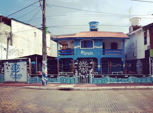Maraca Surf Hostel