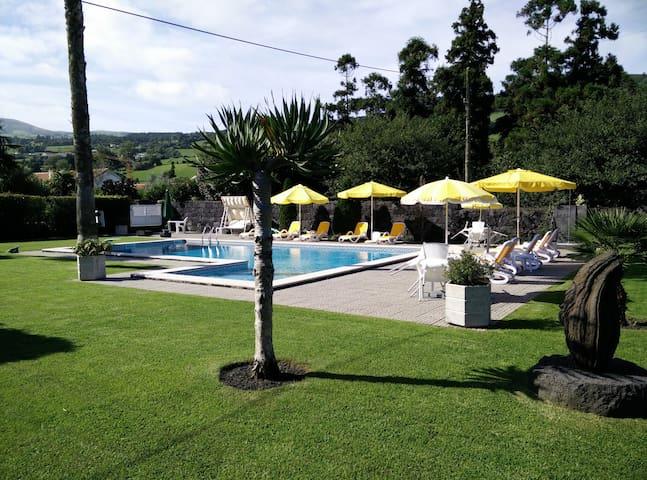 Espaço para relaxar na ilha do Faial