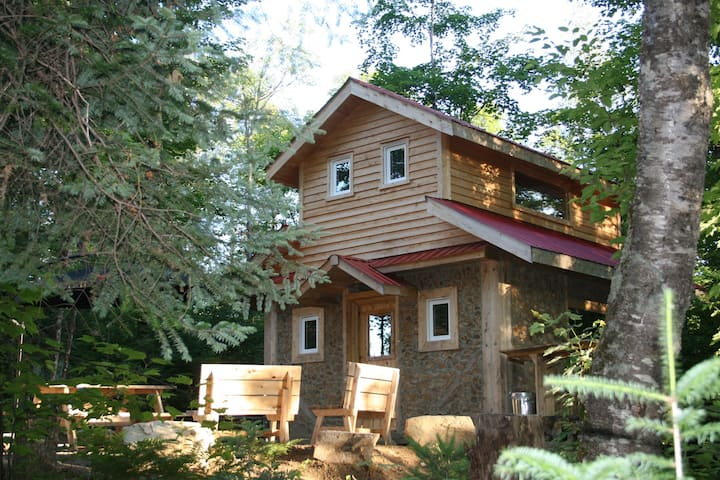 Cordwood Cabin at Terra Perma