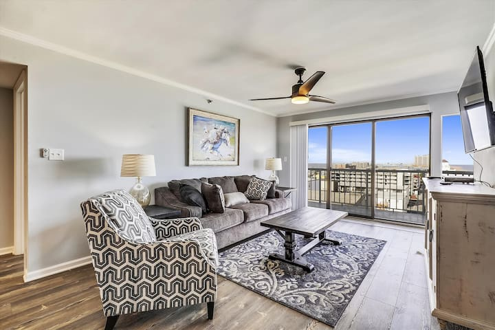 Summer Beach 705 - Newly Renovated Oceanfront (Side)!