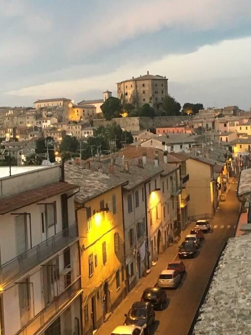 Vista della Rocca da via Roma