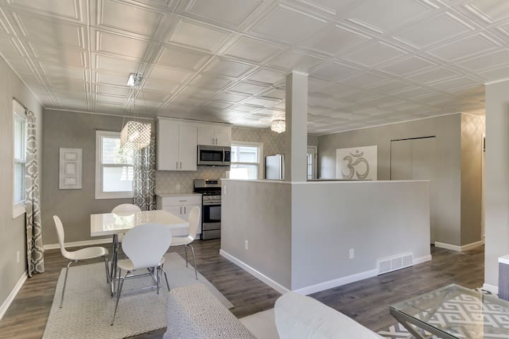 RENOVATED 4 BEDROOM HOME MINUTES FROM EVERYTHING!
