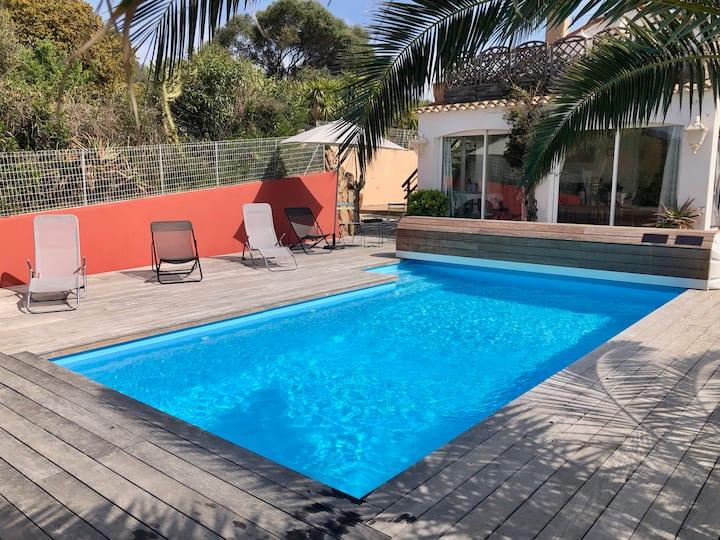 Maison de village de 120m2 avec piscine chauffée