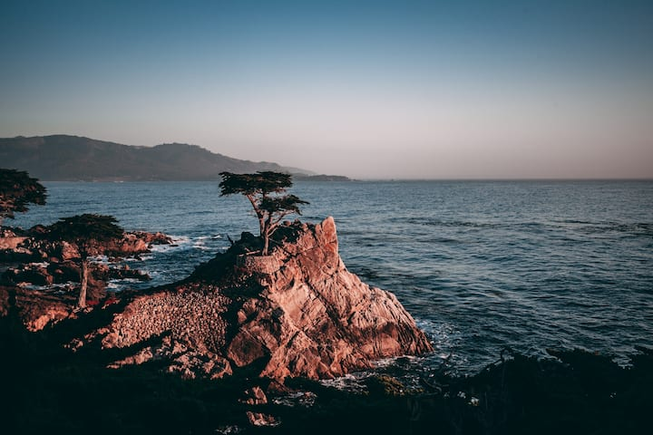 The iconic Pebble Beach backdrop