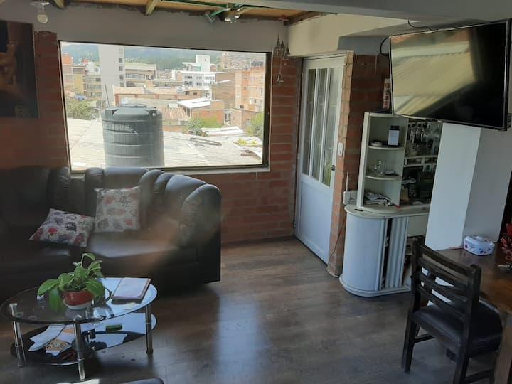 Duplex Familiar, a dos cuadras del parque