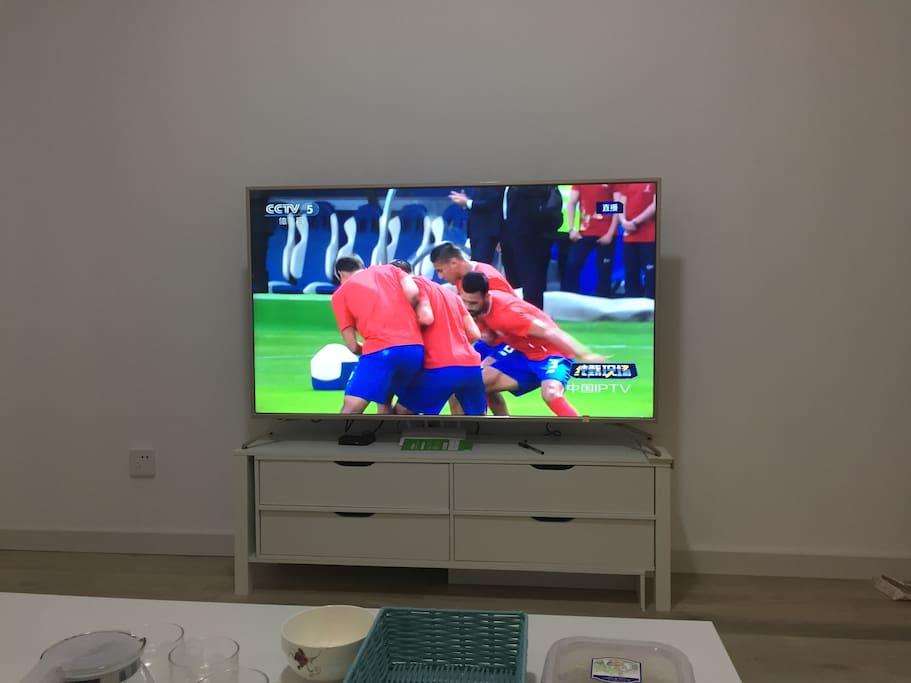 55寸 大电视,有线电视、网络会员双开通,卫视、高清4K大片敞开看