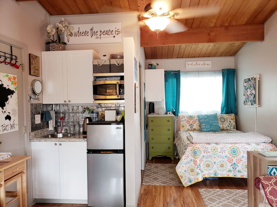 Comfy Arctic Gel Memory Foam Double Bed in Depot nook with a variety of linens and plenty of blankets ... the Depot even provides memory foam gel pillows!  Cozy convenience in a 19x24 guesthouse - Fits up to 3-guests