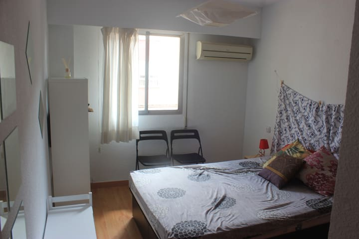 Double bedroom with heating and free orange juice