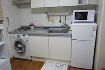 주방, 세탁기, 전자렌지, 냉장고