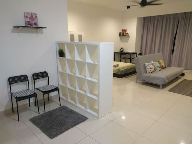 Cozy studio unit near Summit USJ - Subang Jaya - Apartment