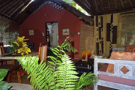 DIANI GARDEN COTTAGE 2mins to Beach - Guesthouse