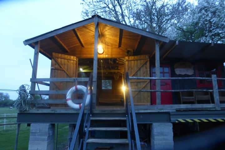 Fishermans Hut on the banks of the River Avon.